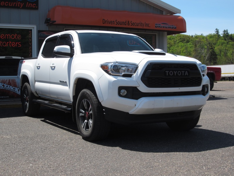 Negaunee Client Adds 2018 Toyota Tacoma Truck Accessories